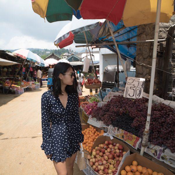 kandy fruit market. Zara romper, Sri Lanka, travel, destination, travel blogger, outlanderly, Ella, beaches, scenery, hiking, mountains, trains