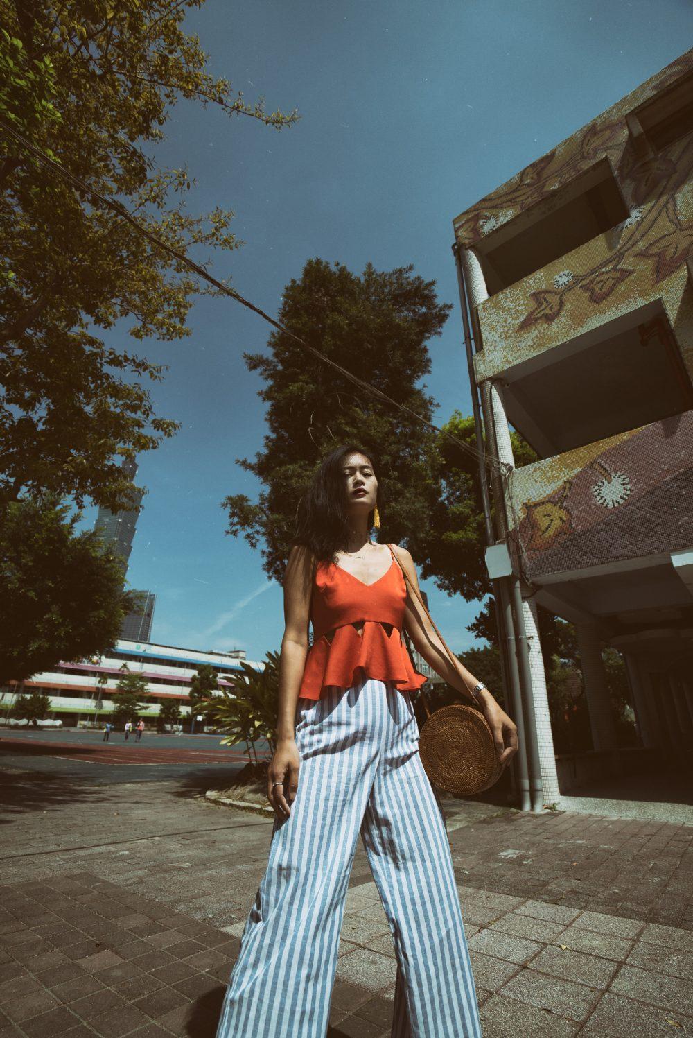 summer stylem heatwave, outlanderly, style tips, striped pants, summer dressing, spring heatwave, fashion blogger